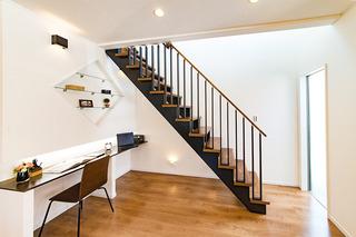 階段スペース_s.jpg